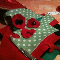 DIY Remembrance Day Poppies